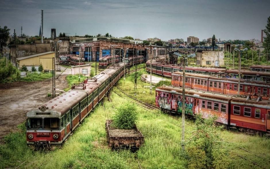 Czestochowa dépôt de trains abandonné Pologne