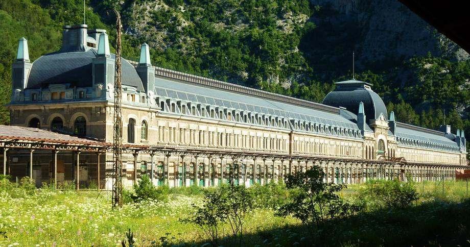 Gare abandonnée de Canfranc Espagne